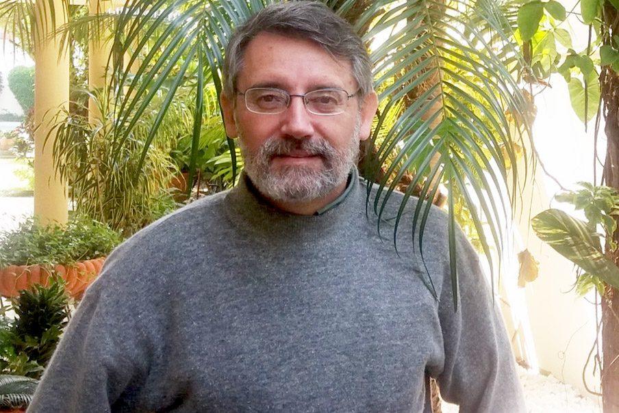Roberto Vides-Almonacid